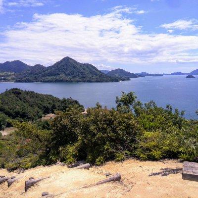 広島 大久野島 山頂付近