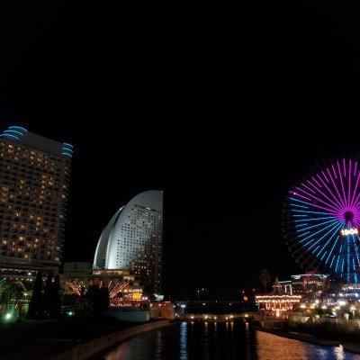 横浜 みなとみらい 夜の街
