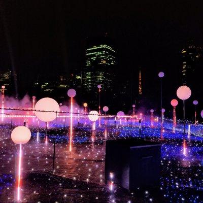 東京ミッドタウン スターライトガーデン 赤色