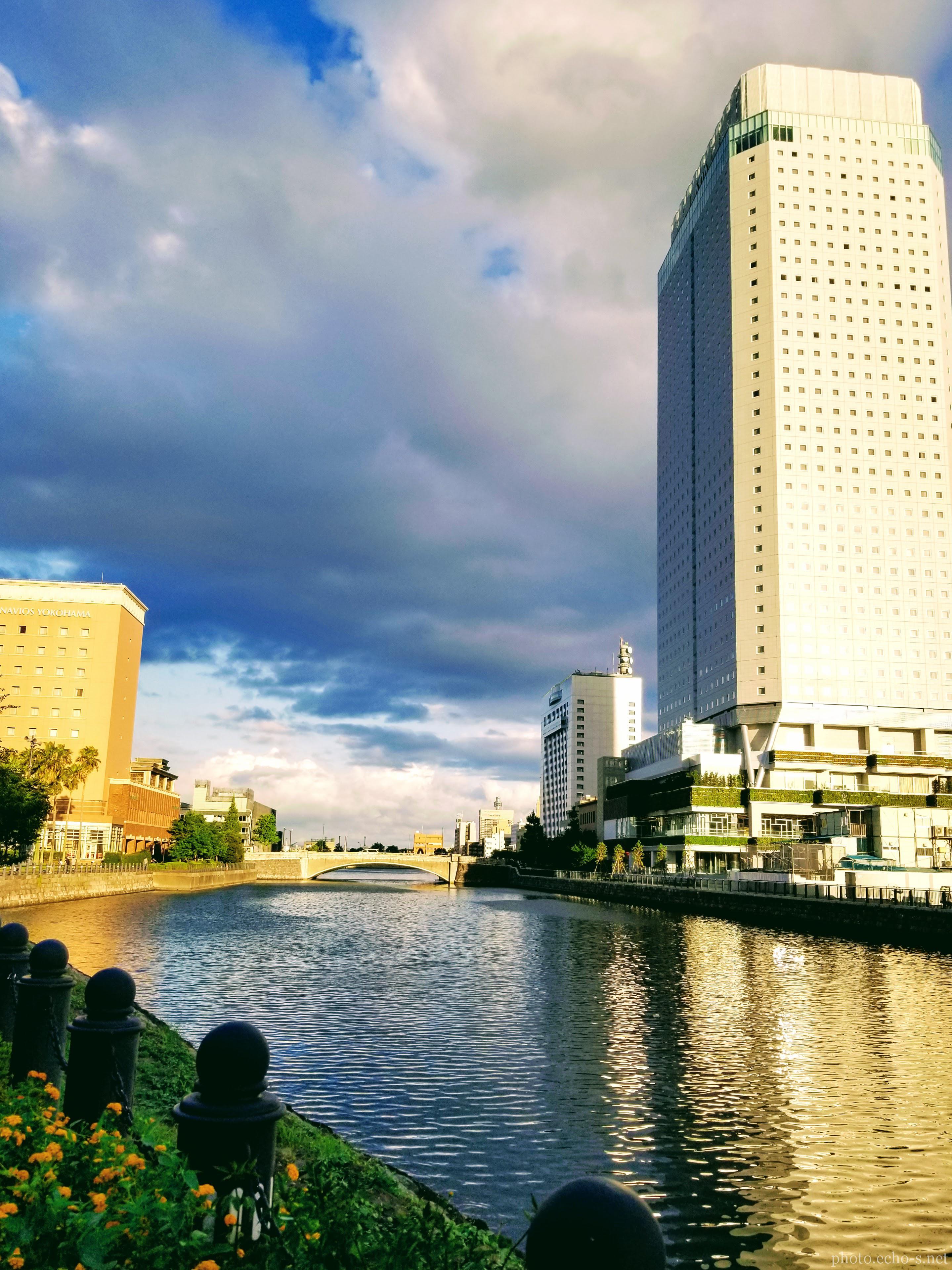 横浜 みなとみらい 汽車道 アパ ホテル&リゾート横浜ベイタワー