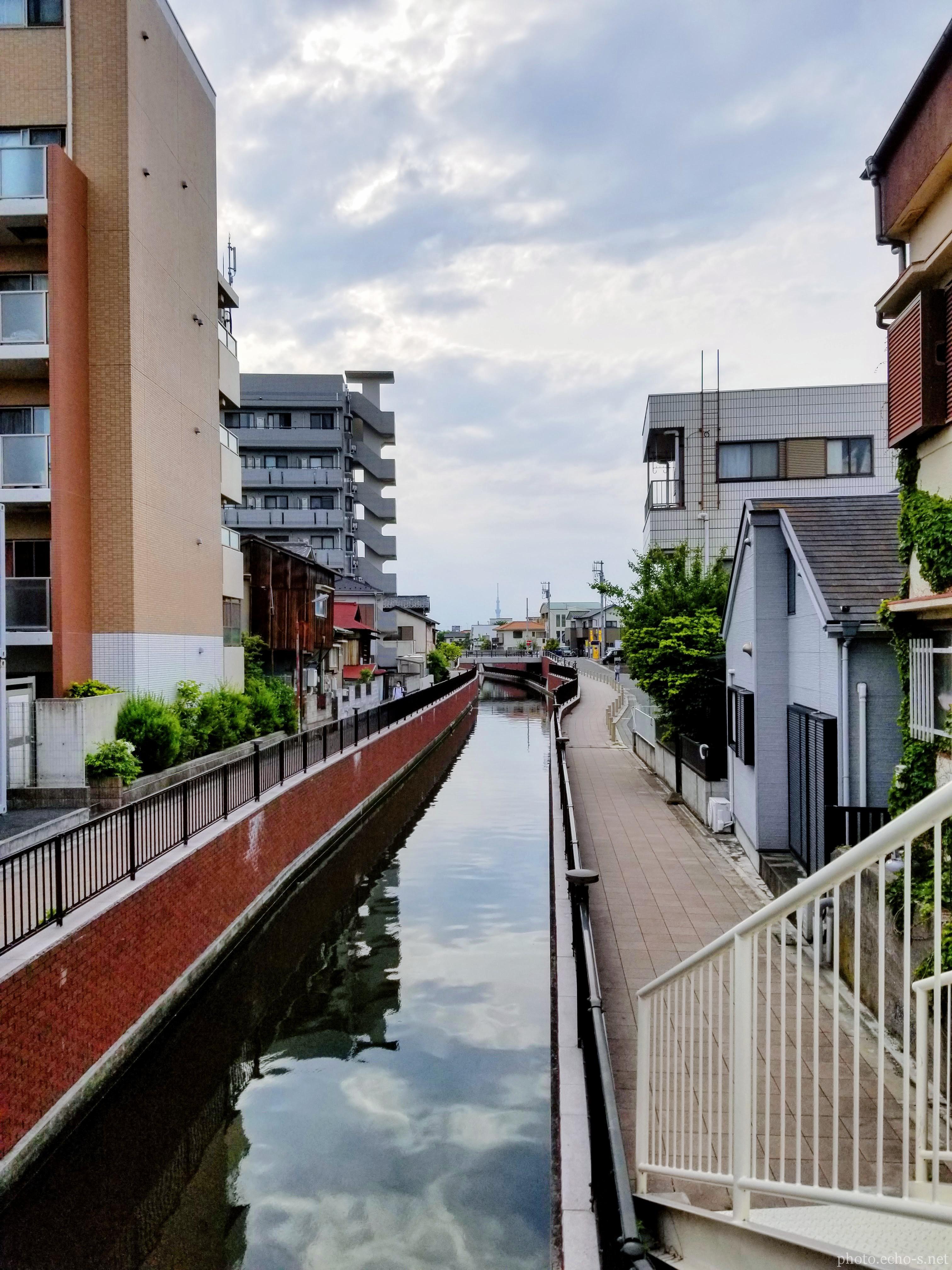 新浦安 堀江 境川 境橋からの眺め
