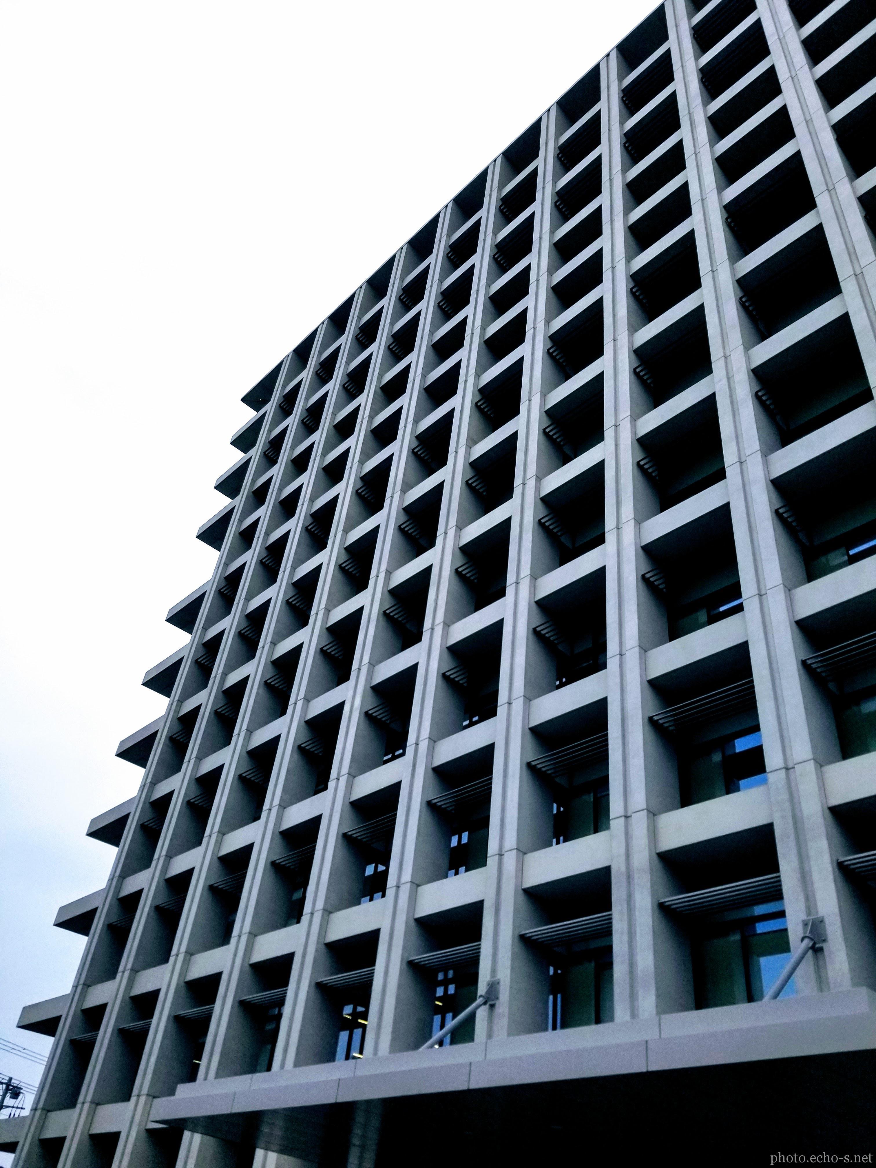 新浦安 猫実 浦安市役所 外観