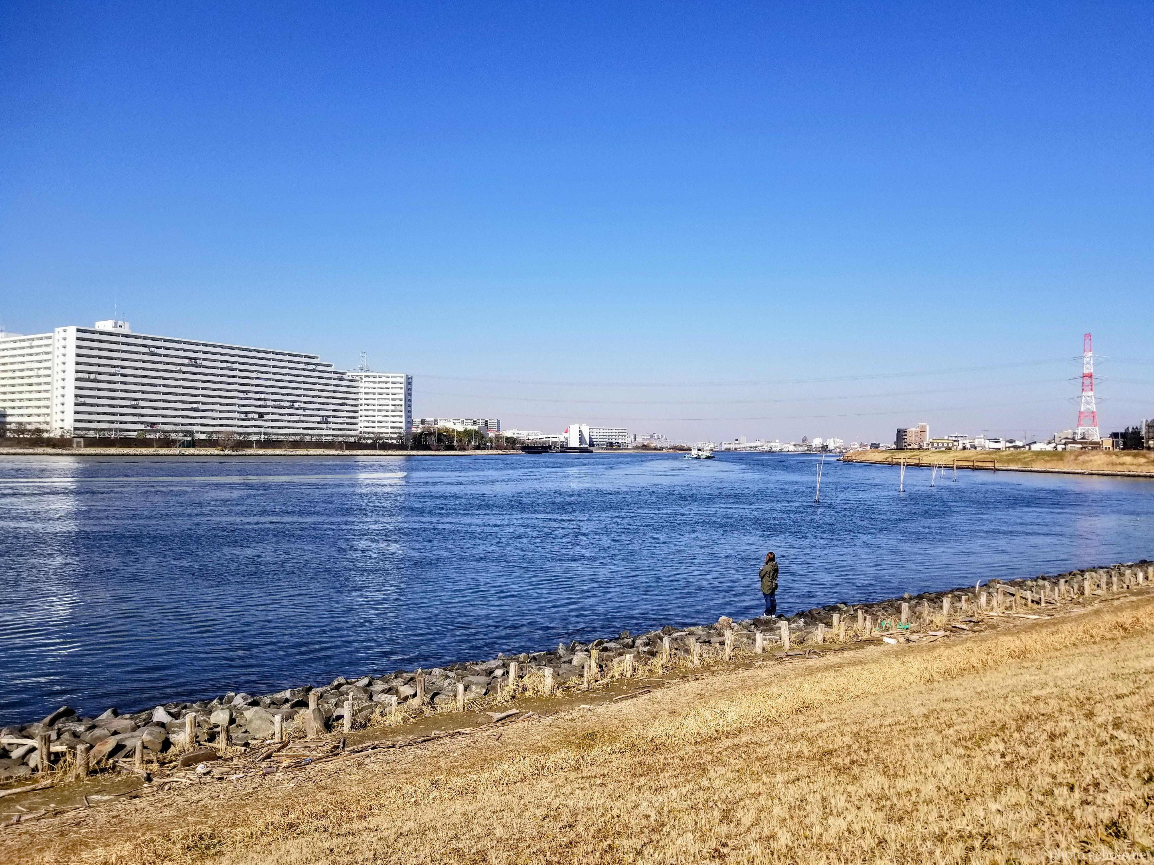 舞浜 旧江戸川 航跡 釣り人